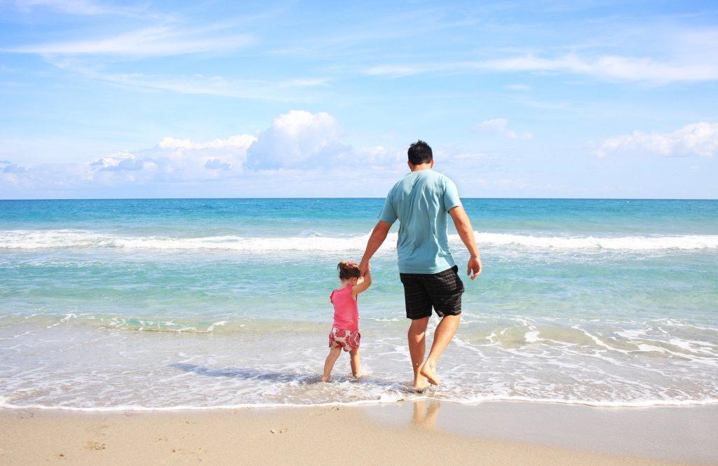 Fader fædre børn strand